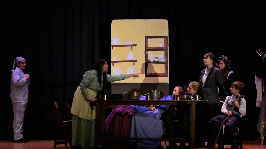AMSA Drama Society adds flair to a holiday classic